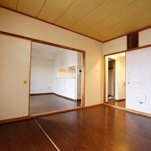 鎌倉由比ガ浜のリノベーション部屋からリビングBefore