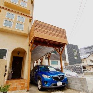 葉山町のウッドデッキとウッド階段を車庫上部に設置